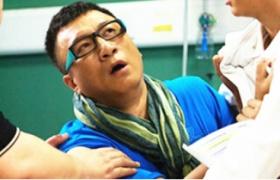 青年医生:孙红雷深夜就医大闹急诊室