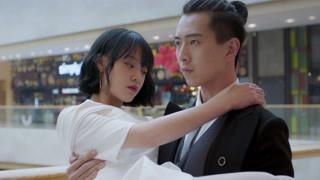 龙的新娘:敖泰临行嘱咐裘小虬 龙太子强势公主抱