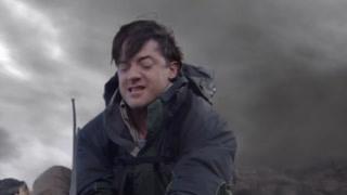 男主怒拔传感器引雷堵火山出口