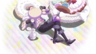 悠闲吃着甜甜圈的卡塔库栗 真的超萌