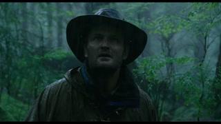 男子冒险寻找猩猩部落