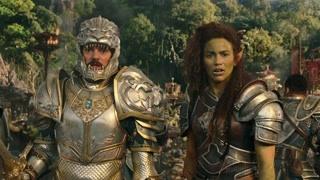 为了拯救人类 莱恩决定牺牲自己以结束两者的战争 加罗娜痛下杀手