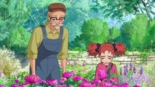 玛丽与魔女之花:玛丽花园里捣乱笨手笨脚 戴着竹筐被彼得嘲笑