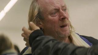 巴里.怀斯杀掉雷德诺 邓洛浦发现雷德诺被杀后报案并向警方坦白