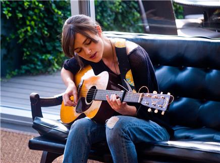 《再次出发》本周公映高分外片 凯拉·奈特莉唱主题曲