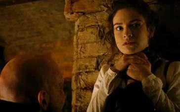 《傲慢与偏见与僵尸》中文片段 伊丽莎白遭锁脖