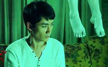 《育婴室》朱一龙制作特辑 男主角斜视女鬼双脚
