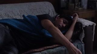 陈坤睡着接了个电话  我早就醒了才没有在睡觉呢