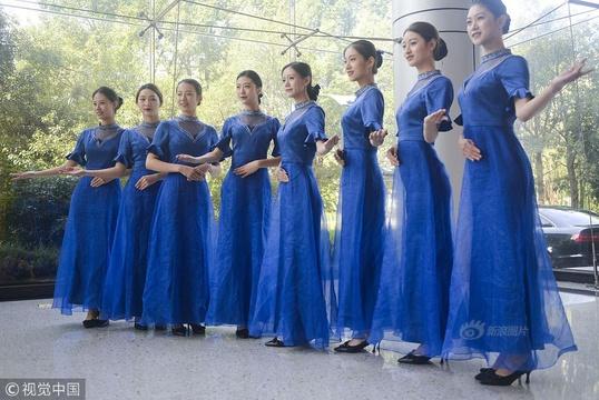 世界互聯網大會志愿者禮服 演繹唯美中國風