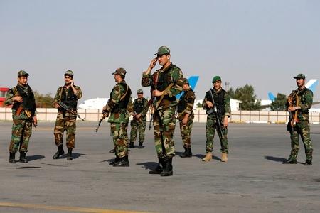 阿富汗一机场发生爆炸致16死 副总统幸免于难