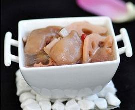 莲藕猪手汤的做法 值得收藏