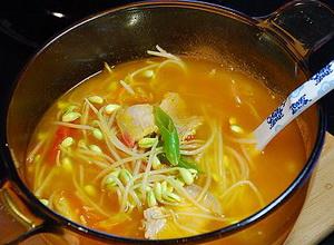 西红柿豆芽汤的做法 来看看吧