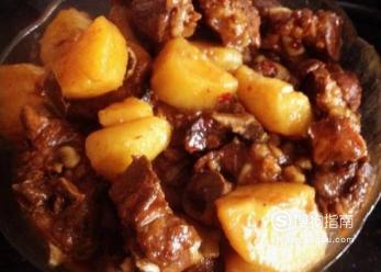 家常土豆烧排骨的做法,经验告诉你该这样