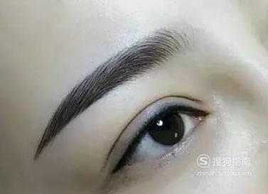 纹眉液的正确使用方法
