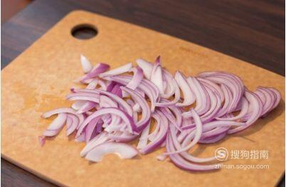 洋葱炒羊肉的家常做法,值得收藏