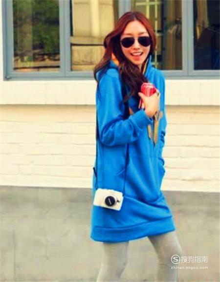 蓝色卫衣搭配什么裤子 来学习吧