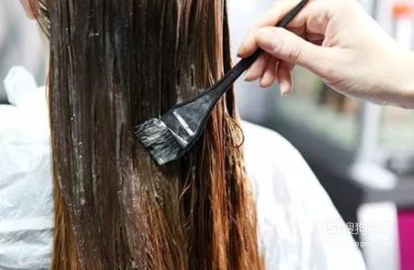 如何自己在家染头发?