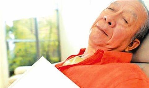 老年人失眠吃什么好,这些经验不可多得
