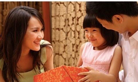 家长怎样以身作则的教育孩子?,懂得这些技巧就够了