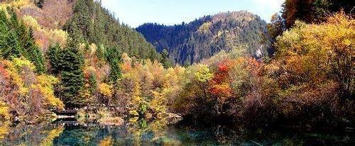 秋天适合旅游的景点 来研究下吧