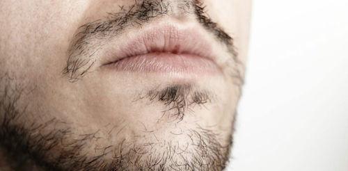 如何使用手动剃须刀