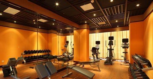 去健身房怎么锻炼 值得一看