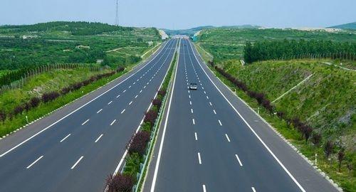 高速路驾驶注意事项,看完你就知道了