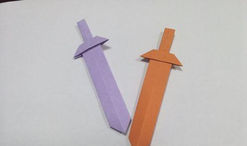 简单折纸:一张纸就能折成的宝剑折法,值得一看