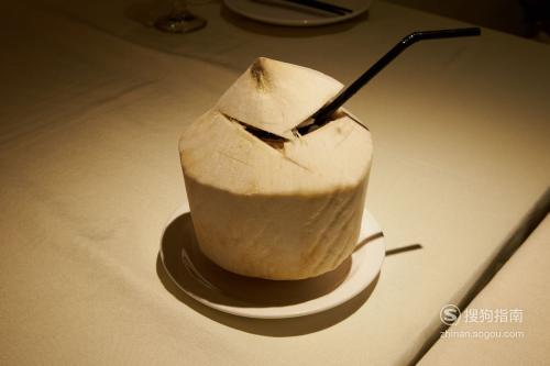 椰子汁的属性是热性还是凉性? 这些知识你不一定知道