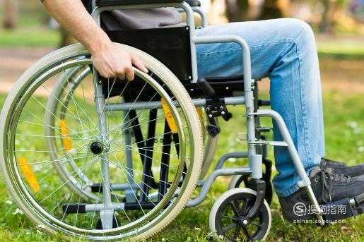 使用轮椅的时候有哪些