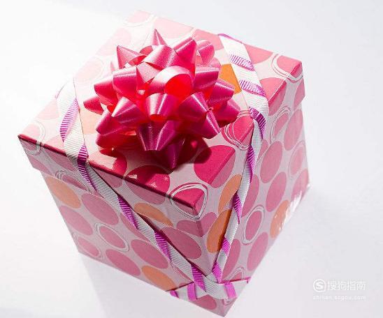 生日礼物送什么好? 需要技巧