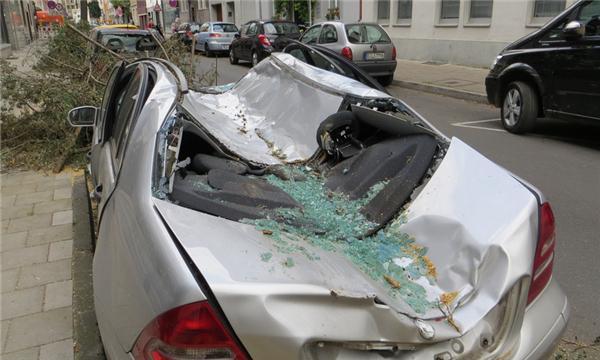 交通事故索赔需提供哪