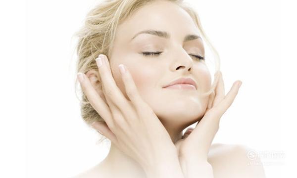如何防止皮肤衰老?