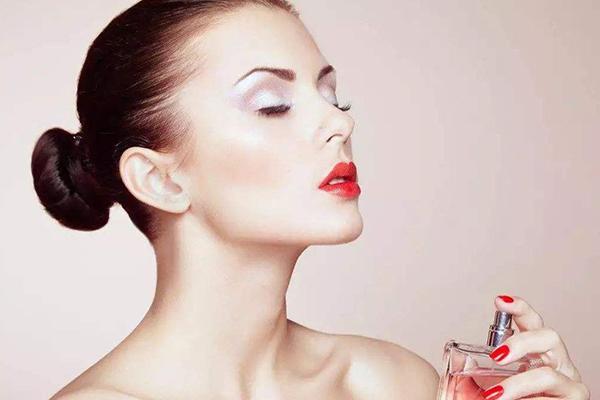 最好闻的女士香水排名,原来是这样的