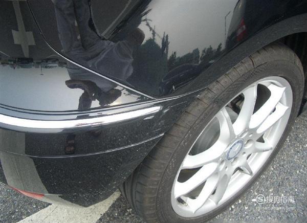汽车被刮蹭漆了怎么办 经验告诉你该这样