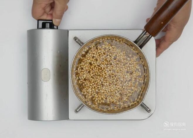 如何制作焌米茶?