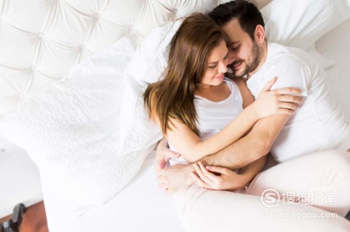 为什么男朋友睡觉时喜欢摸我的胸部再睡?,需要技巧