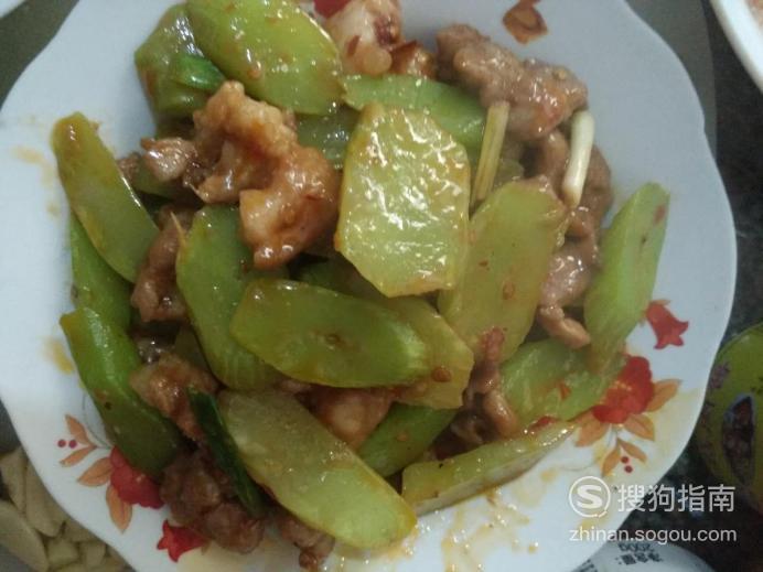 怎么做猪腿肉炒莴苣?,划重点了
