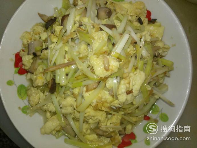 韭黄香菇炒鸡蛋的家常