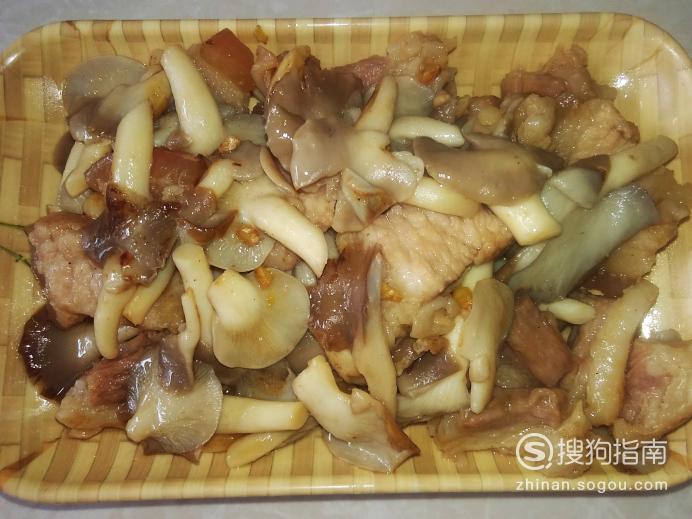 平菇炒猪肉的做法,照着学就行了