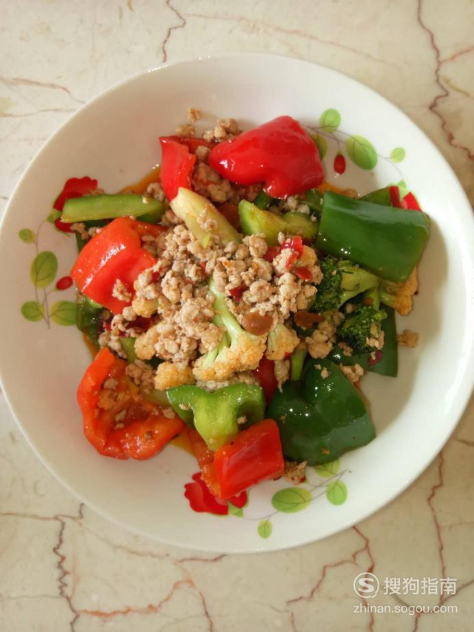 肉末甜椒炒花菜的做法 值得收藏