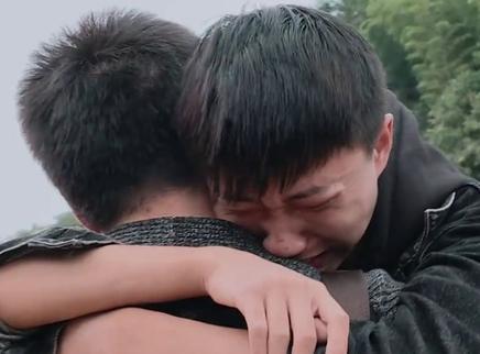 06期:变形结束钟福林拒绝回家