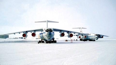 俄下令13万大军火力全开