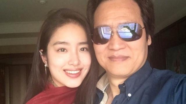 """差30岁!""""冯女郎""""和刘亦菲干爹相恋"""