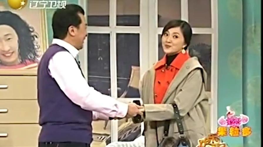 老婆去韩国整容,回来大改变 和照片上判若两人