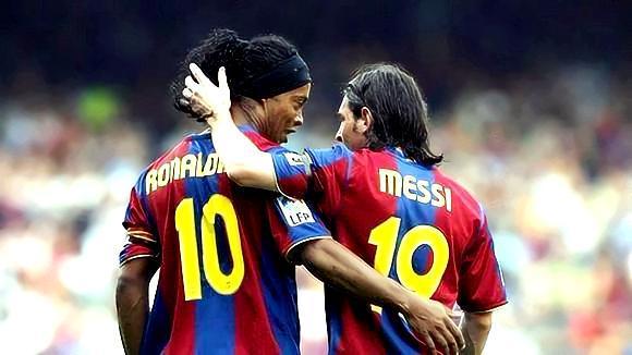 梅西最重要的导师之一,带着梅西一路成长,世界花式足球第一人