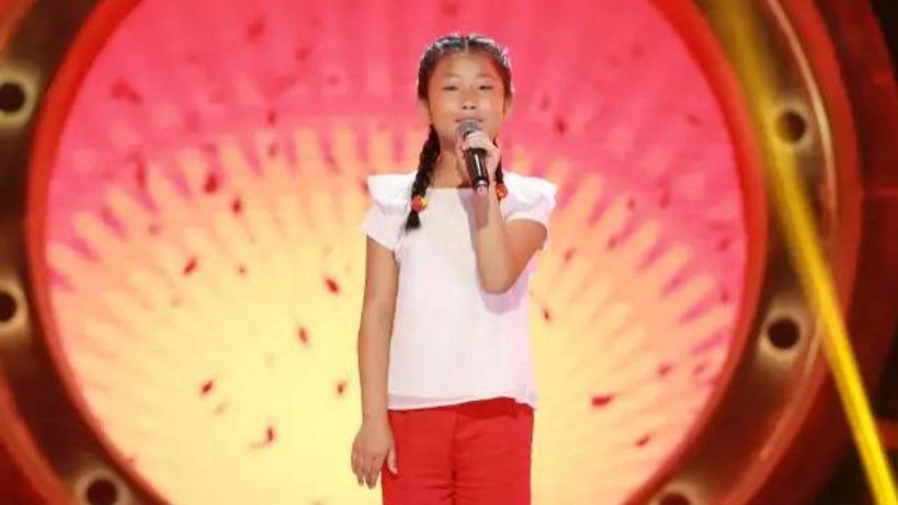 """11岁小""""王二妮""""唱陕北民歌,太惊艳了,唱功专业"""