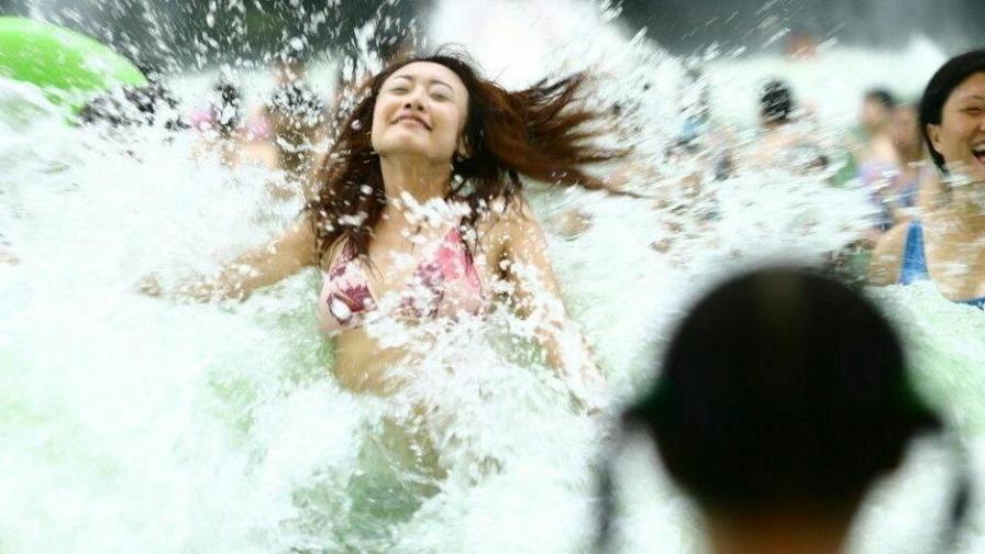 玩水有风险,跳跃需谨慎:摩擦摩擦,摔的就是你!